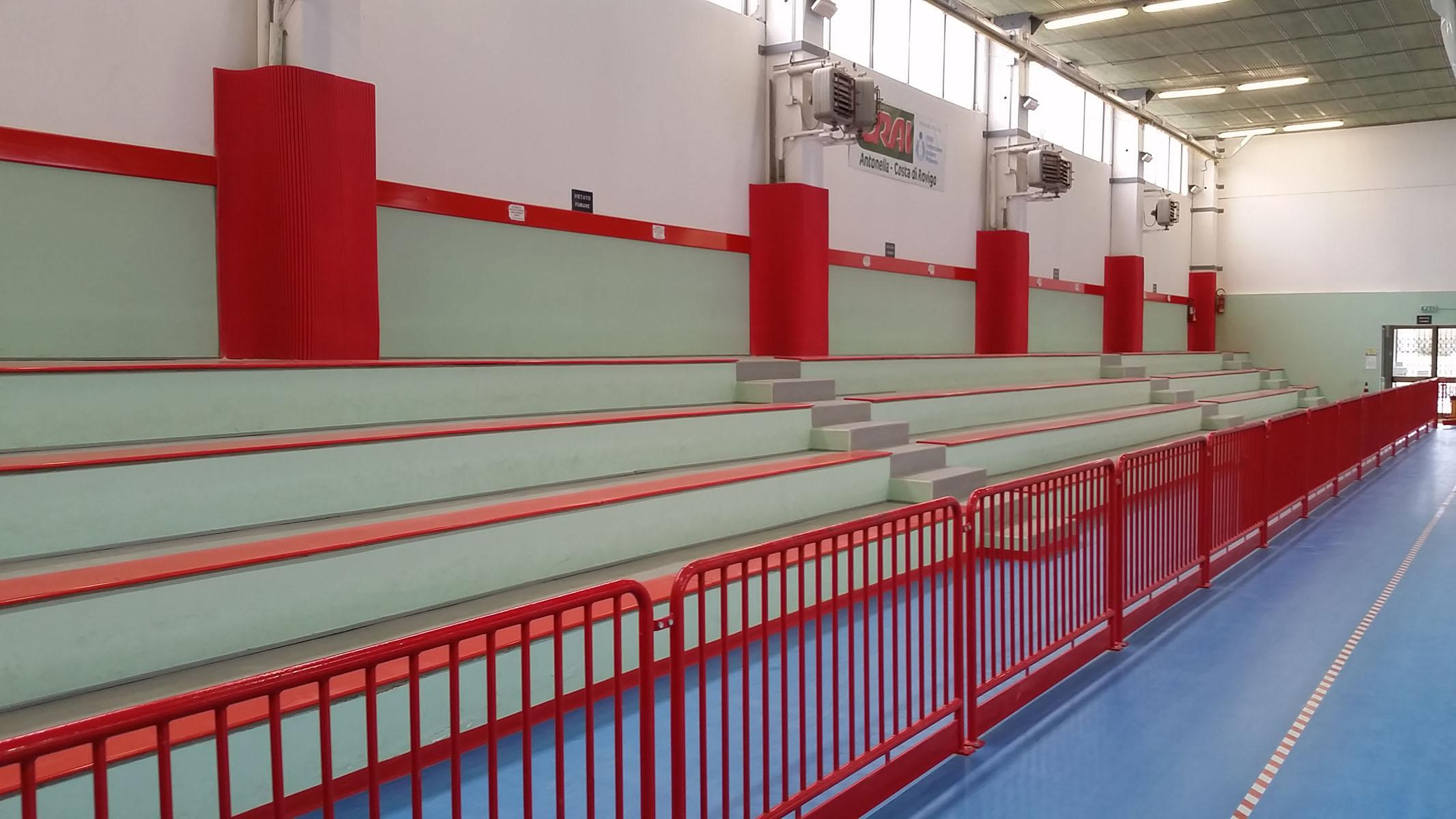 Protezioni antitrauma sportive per pilastri di Safe Sport Italia