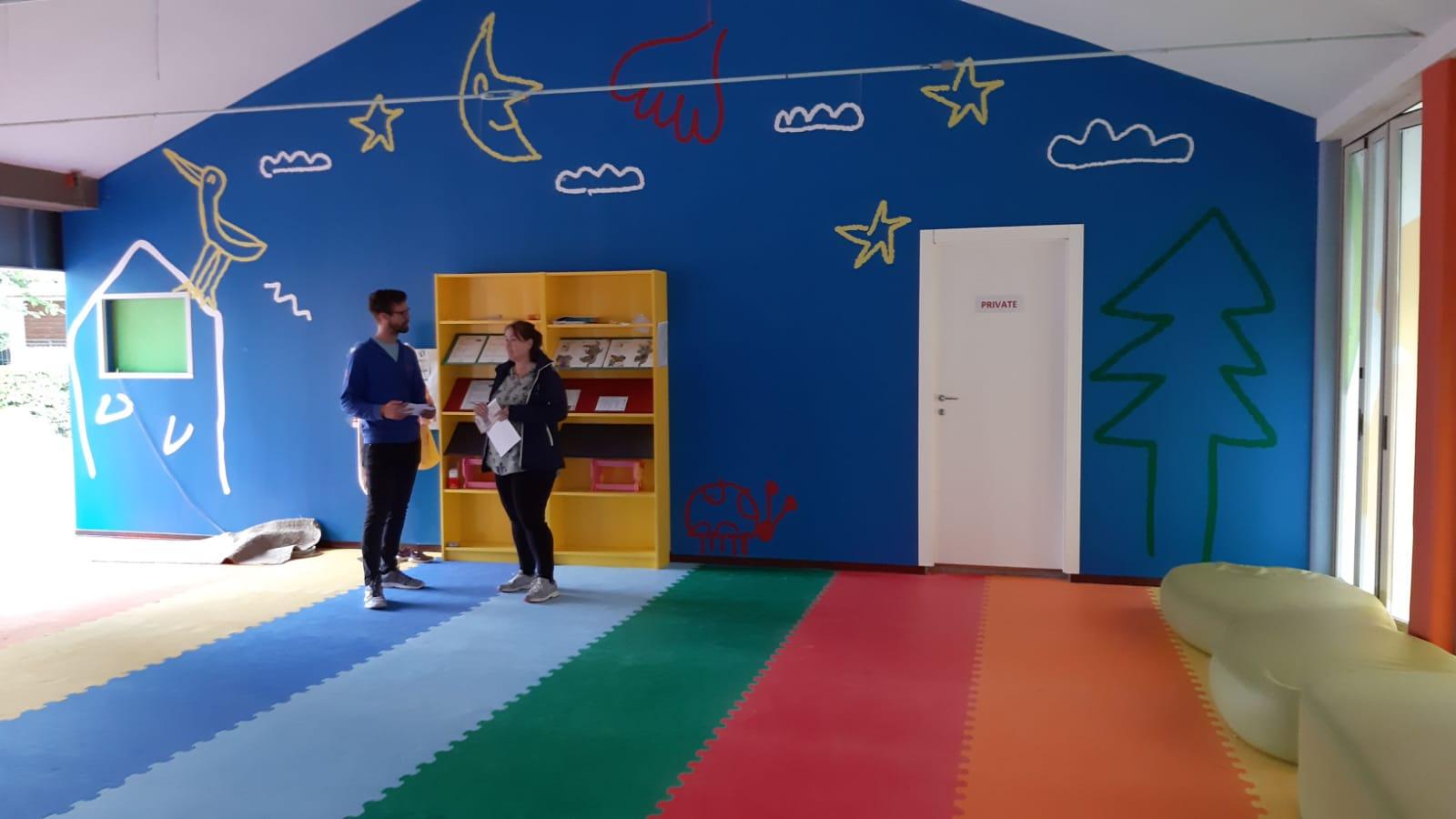 Protezioni a pavimento con tappeti puzzle per bambini